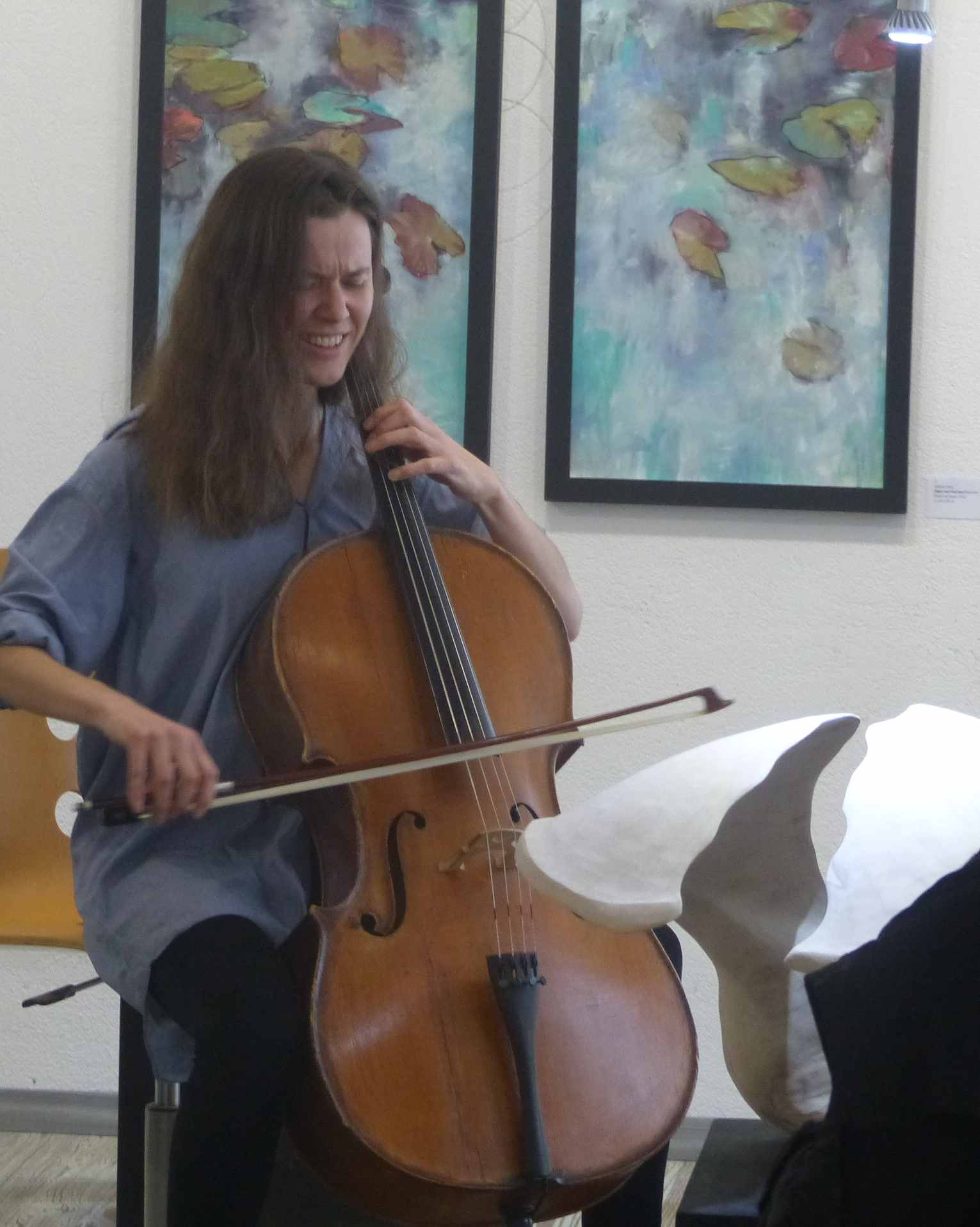 Julia Bilat (Berlin) bei der Improvisation